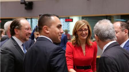 Ministrja Zaharieva gjatë Këshillit të Punëve të Jashtme në Bruksel