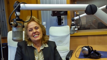Главна сестра Драгомирова в студиото на Радио София