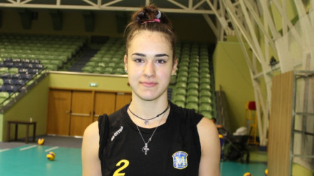 Никол Миланова
