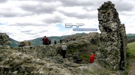 крепостта Вишеград край Кърджали