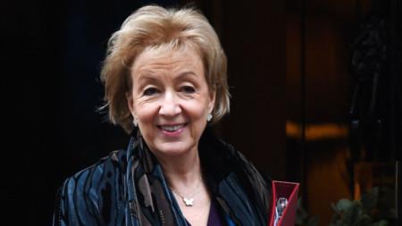 Андреа Лийдсъм, британски бизнес-секретар
