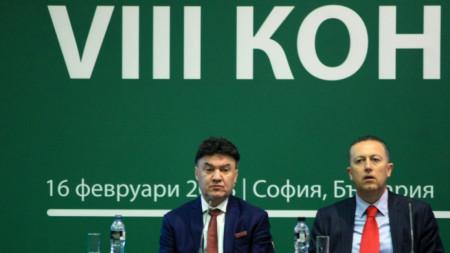 Атанас Фурнаджиев (вдясно) последва Борислав Михайлов и хвърли оставка