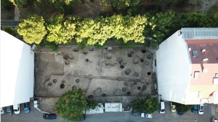 Тракийско ямно светилище, открито в бургаския кв.