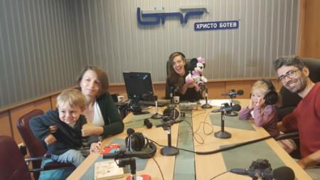 "Олга Василевска, Калина Станева и Христо Станкушев в студиото на ""Моето семейство"""
