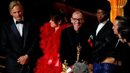 """Актьорът Димитър Маринов, който развя българското знаме на церемонията """"Оскар"""", на която за най-добър филм беше отличен """"Зелената книга""""."""