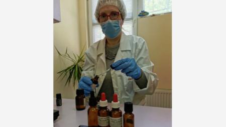 Таня Димитрова, сертифициран специалист в областта на алтернативната медицина.