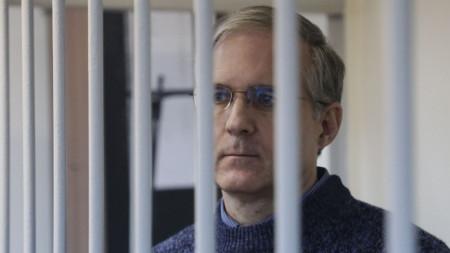 Пол Уилан на дело срещу него в съд в Москва на 24 октомври 2019 г.