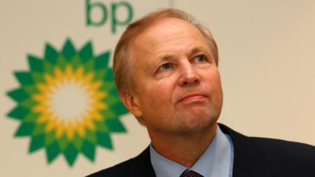 Главният изпълнителен директор на BP Боб Дъдли се пенсионира