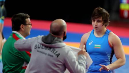 Юлияна Янева стигна с една победа до полуфиналите.