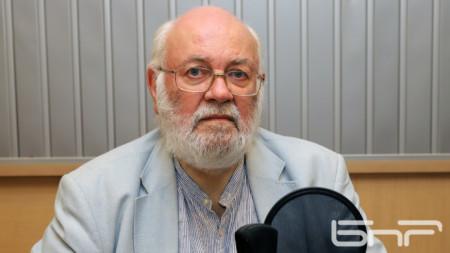 Константин Тренчев