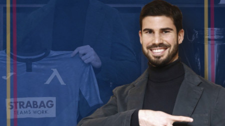 Начо Монсалве подписа договор с Левски за 18 месеца