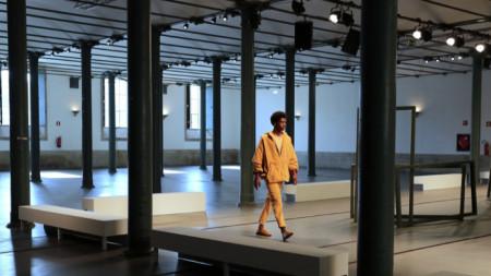 Допреди кризата глобалната модна индустрия произвеждаше около 150 милиарда артикула годишно