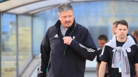 Треньорът на ЦСКА София Любослав Пенев.
