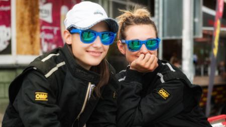 Дамският рали екипаж с пилот Диана Стоянова и навигатор Иванела Иванова