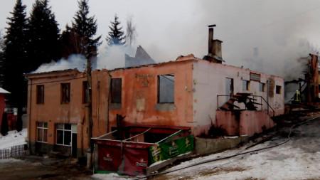 Пожарът изпепели читалището на гърменското село Скребатно