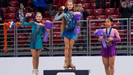 Александра Трусова - победителка при девойките на юношеското световно първенство  в София през 2918 година