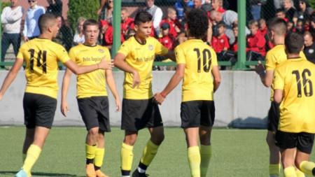 Младите таланти ще се обиграват в дублиращ тим на Ботев (Пловдив)