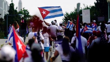 Протест във Вашингтон на американци от кубински произход срещу властите в Хавана