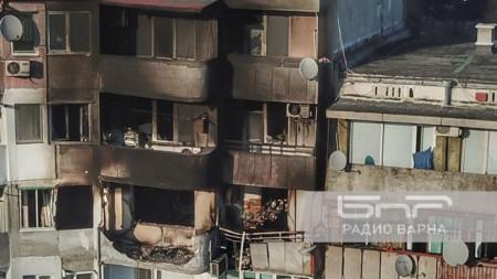 Блок 302 във Владиславово след взрива