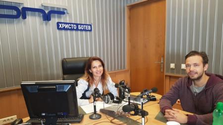 "Ива Дойчинова и Алекс Алексиев в студиото на програма ""Христо Ботев"""