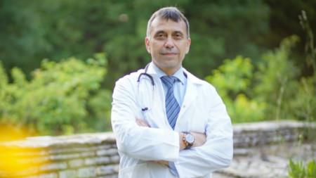 д-р Марио Янакиев