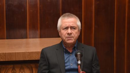 д-р Йордан Иванов