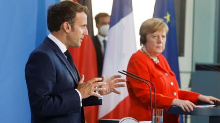 Съвместна пресконференция на Еманюел Макрон и Ангела Меркел