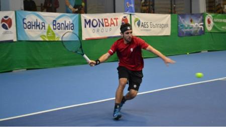 Васил Младенов е на полуфинал