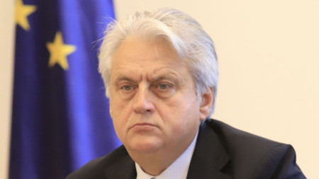 Служебният вътрешен министър Бойко Рашков