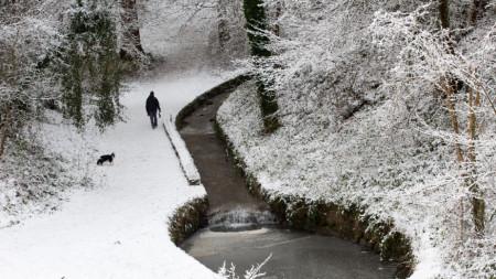 Заснежен парк в Глазгоу