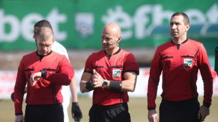 Петър Костадинов ще ръководи мача Славия - Ботев