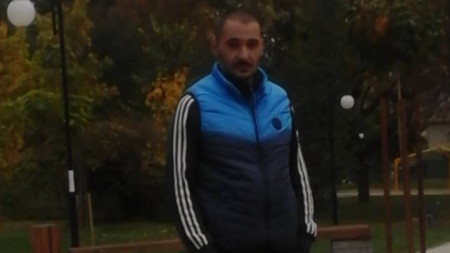 Полицията гарантира анонимността на хората, които подадат сигнал къде може да бъде открит мъжът