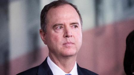 Председателят на комисията по разузнаването на Камарата на представителите на САЩ Адам Шиф.