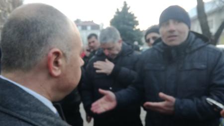 Жителите на Кюстендил протестират след инцидента с фатален край в града