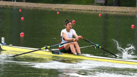Десислава Ангелова е на четвъртфинал.