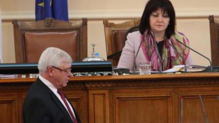 министърът на здравеопазването Кирил Ананиев и председателят на НС Цвета Караянчева