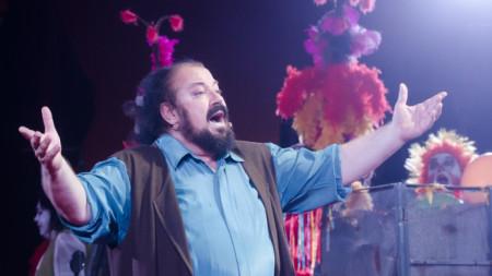 Калудов отбеляза 40-годишнината от артистичната си кариера с постановка на