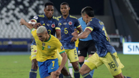Бразилия надигра с 2:1 Колумбия