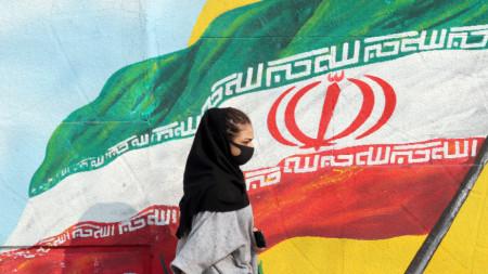 Само за ден властите в Иран регистрираха над хиляда нови случаи на заболяването.