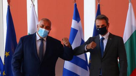 Борисов и Мицотакис на работна среща в Атина през август 2020 г.