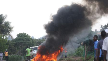 След поскъпването на горивата избухнаха бунтове