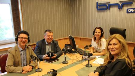 Георги Първанов, Стефан Апостолов, Ива Дойчинова и Мирена Колева