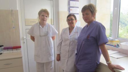 Част от екипа на инфекциозното отделение в смолянската болница
