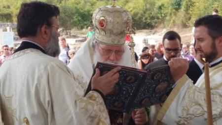 """Патриарх Неофит на честванията в археологическия резерват """"Велики Преслав"""" за 1125-годишнината от обявяването на Преслав за столица на България."""