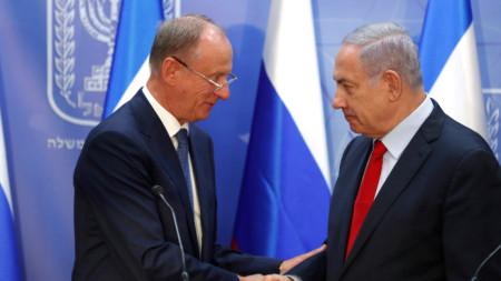 Секретарят на руския съвет за сигурност Николай Патрушев (вляво) и премиерът на Израел Бенямин Нетаняху