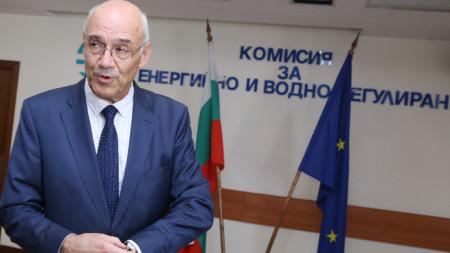 Иван Иванов ще продължи да изпълнява длъжността
