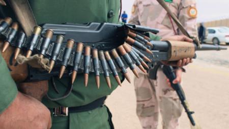 Оръжията изглежда ще продължат да играят основна роля в Либия въпреки призива за примирие на Русия и Турция.