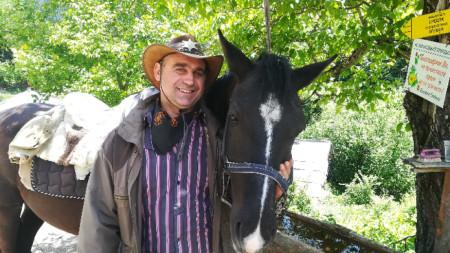 Живко Ризов, собственик на конна база