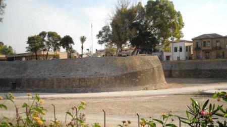 Част от венецианските стени в Никозия