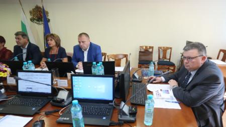 Прокурорската колегия допусна единствения номиниран за главен прокурор Иван Гешев до финалната фаза на процедурата за избор на нов Обвинител номер едно